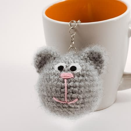 crochet kitty key charm