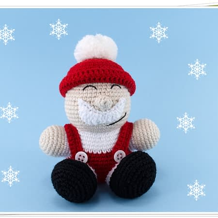 crochet santa claus toy
