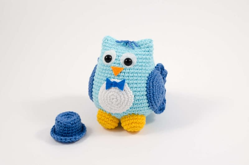 crochet owl groom front view