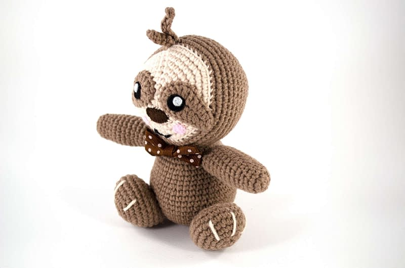 crochet sloth side view