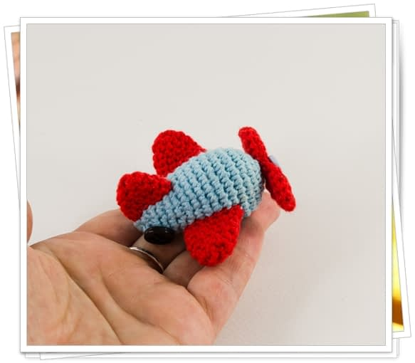 Crochet Mini Airplane
