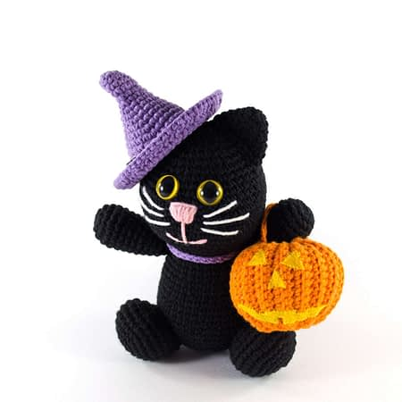 crochet halloween black cat
