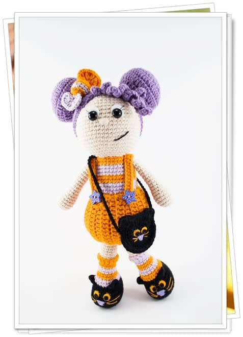 crochet halloween doll front look