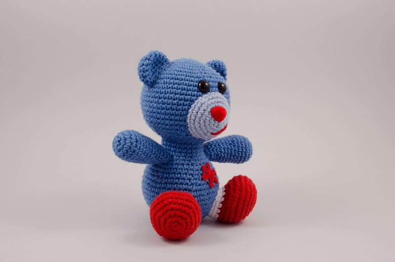 crochet Christmas bear side view