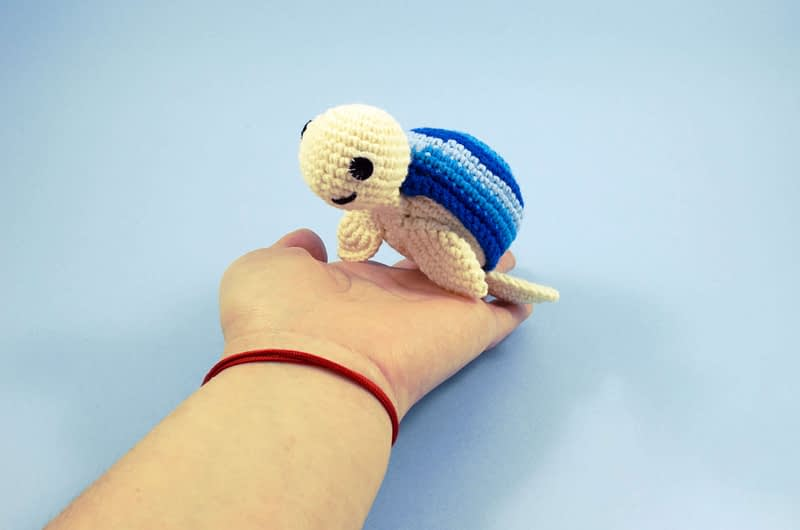 crochet turtle toy front view