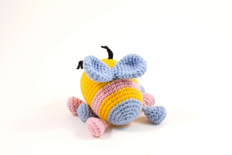 crochet bibi the bee back view