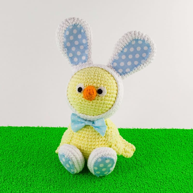 crochet easter chick front view