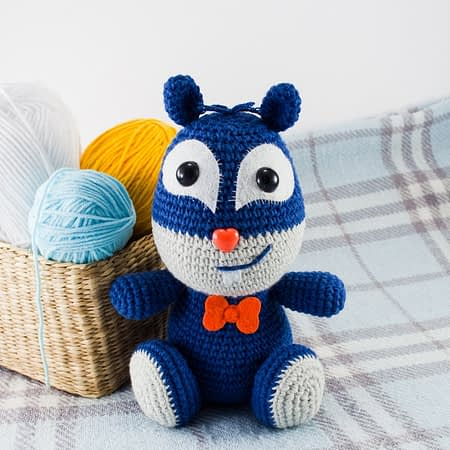 amigurumi blue squirrel front view