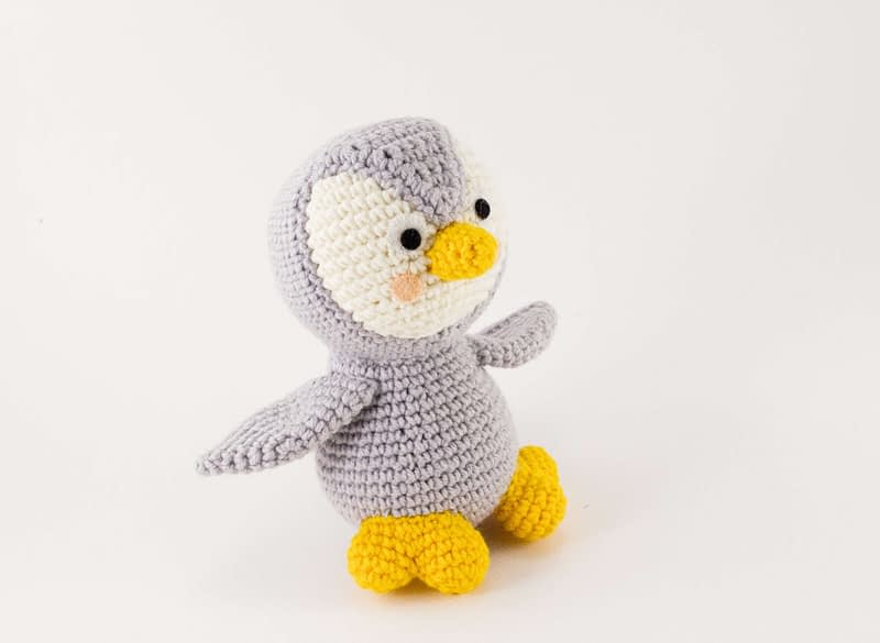 grey penguin side view