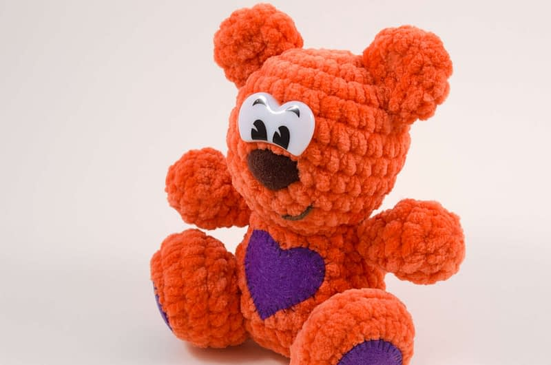 crochet teddy bear close up
