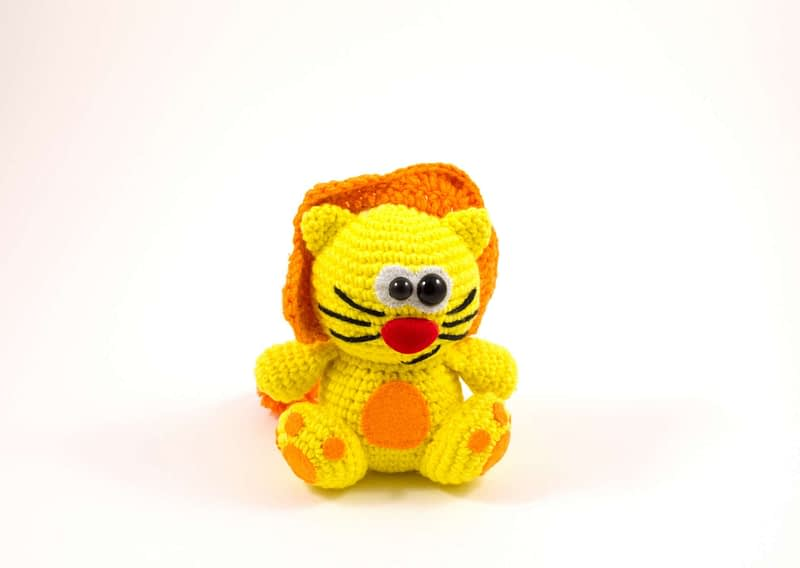 crochet lion toy front view